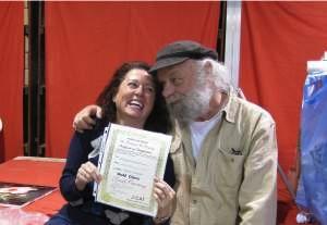 Mireille van de Riet met Gary Jenkins, diploma uitreiking door Gary zelf